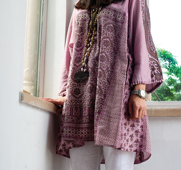 tunic in a mix of silk and cotton; block printed in an ancient mughal design
